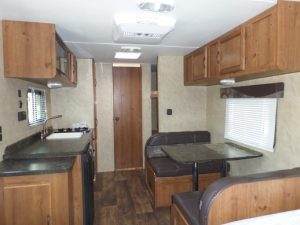 21 Foot RV rent Conquest Bunk House
