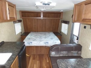 21 Foot RV rent Conquest trailer